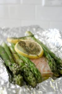 Lemon Garlic Salmon Foil Packets
