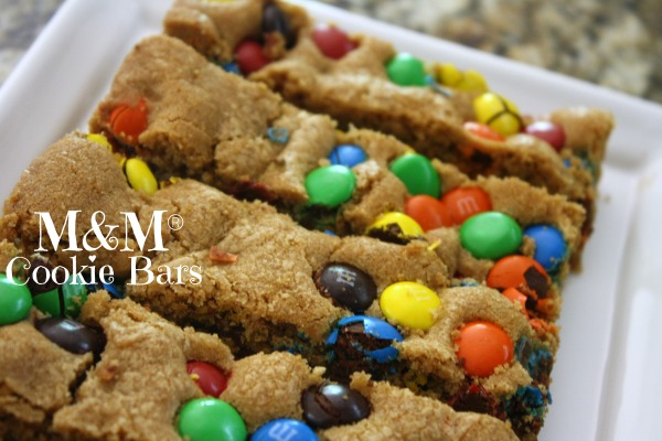 FAMILY GAME NIGHT COOKIE BARS