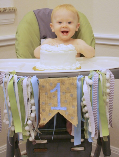 diy birthday highchair banner cake smash // Life Anchored