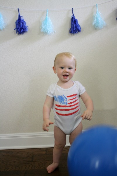 4th of July DIY Patriotic Kid's Shirt // Life Anchored #america #patriotic