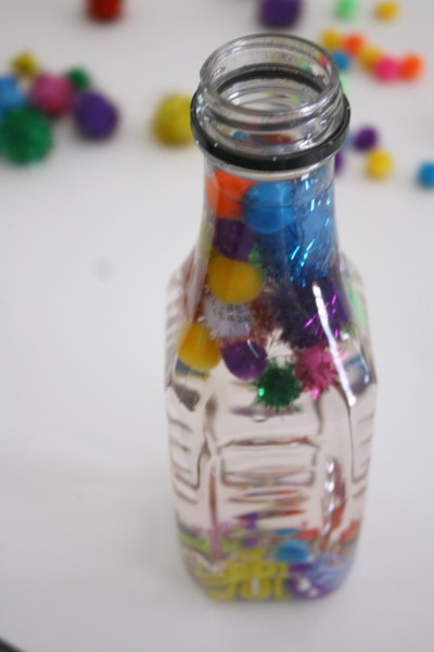 DIY Sensory Bottles for Toddlers // Life Anchored
