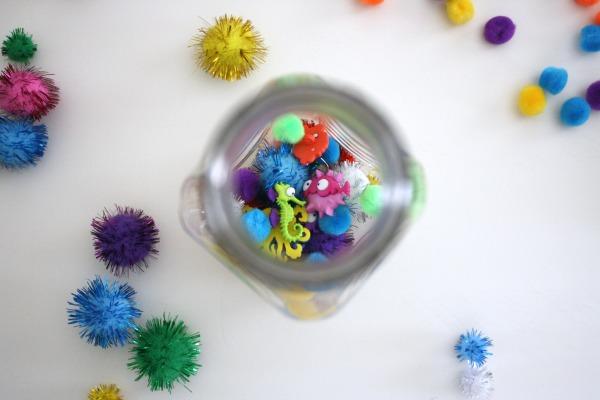 DIY Sensory Bottles for Toddlers // Life Anchored