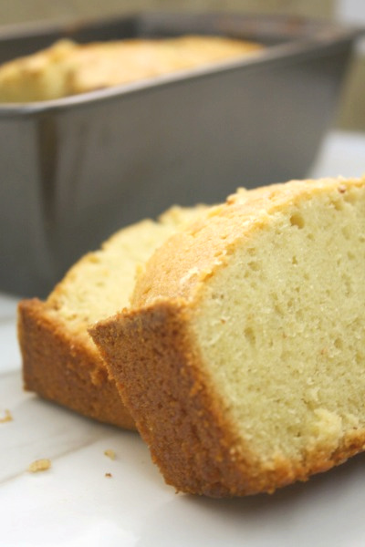 Grandma's Old Fashion Pound Cake // Life Anchored