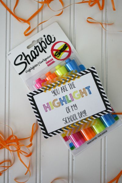 Highlighter Back to School Teacher Gift under $5 // Life Anchored #backtoschool