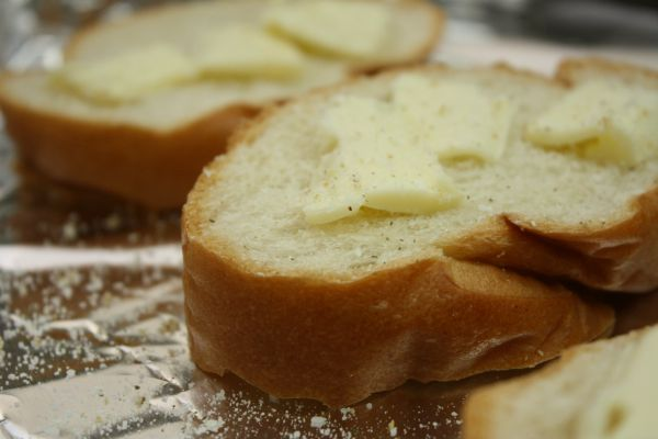 Garlic French Bread // Life Anchored #partner