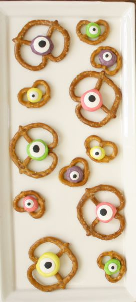 Monster Eye Treats // Life Anchored #halloween