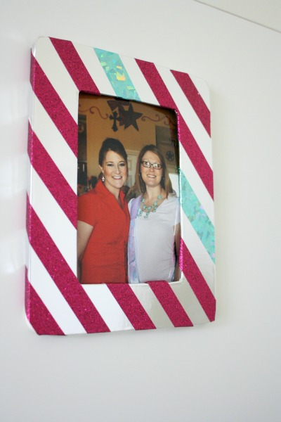 Festive Winter DIY Photo Frame // Life Anchored AD #CraftAmazing