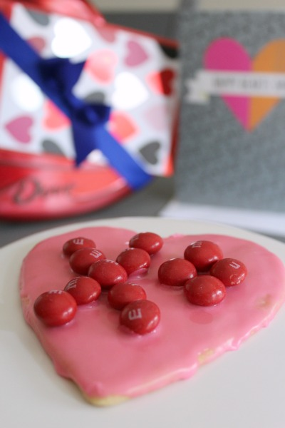 Valentine's Day Sugar Cookie // Life Anchored #sp #SendSweetness