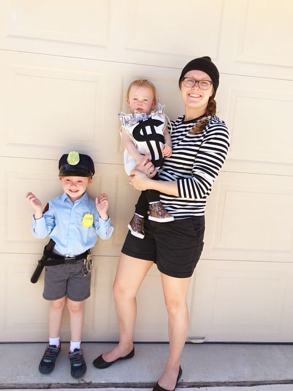 Cops and robbers family halloween costume DIY // Life Anchored