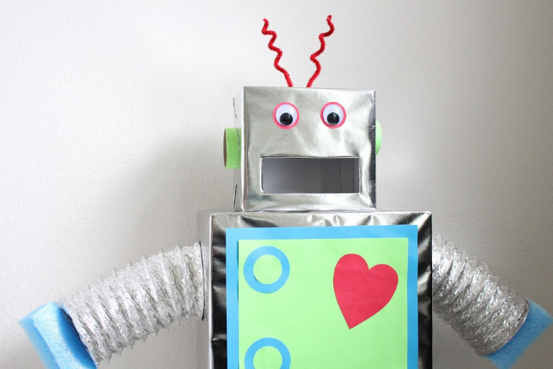 Robot Valentine Box DIY Robot Pinata //Life Anchored